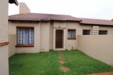 2 Bedroom Townhouse for sale in Mooikloof Ridge 1064025 : photo#5