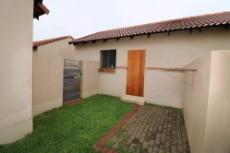 2 Bedroom Townhouse for sale in Mooikloof Ridge 1064025 : photo#3