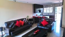 3 Bedroom Townhouse pending sale in Norkem Park 1064195 : photo#1