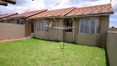 3 Bedroom Townhouse pending sale in Norkem Park 1064195 : photo#26