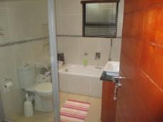 3 Bedroom House for sale in Thatchfield Estate 1065040 : photo#16