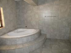 3 Bedroom House for sale in Florida Hills 1065046 : photo#17