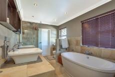 4 Bedroom House for sale in Florida Glen 1065716 : photo#19