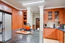 4 Bedroom House for sale in Olympus 1066742 : photo#6