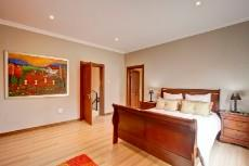 4 Bedroom House for sale in Olympus 1066742 : photo#19