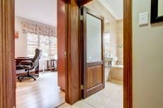 4 Bedroom House for sale in Olympus 1066742 : photo#27