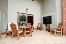 4 Bedroom House for sale in Olympus 1066742 : photo#32