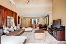 4 Bedroom House for sale in Olympus 1066742 : photo#2