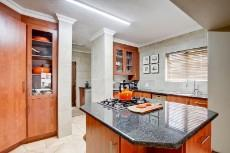 4 Bedroom House for sale in Olympus 1066742 : photo#5