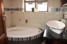 3 Bedroom House for sale in Olympus 1066990 : photo#7