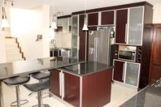 3 Bedroom House for sale in Olympus 1066990 : photo#2