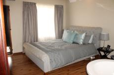 3 Bedroom House for sale in Olympus 1066990 : photo#10