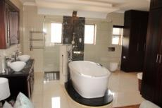 3 Bedroom House for sale in Olympus 1066990 : photo#8