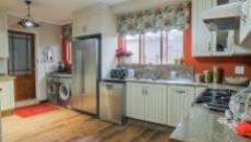4 Bedroom Townhouse for sale in Boardwalk Manor 1067333 : photo#9