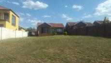 3 Bedroom House sold in Thatchfield 1068897 : photo#0