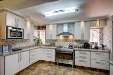 3 Bedroom House pending sale in Garsfontein 1068933 : photo#0