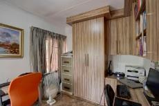 3 Bedroom House pending sale in Garsfontein 1068933 : photo#18