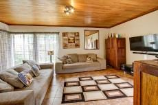 3 Bedroom House pending sale in Garsfontein 1068933 : photo#2