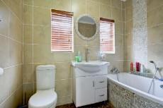 3 Bedroom House pending sale in Garsfontein 1068933 : photo#1