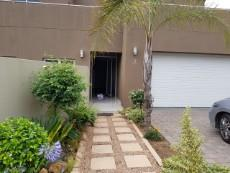 4 Bedroom House for sale in Thorn Valley Estate 1069746 : photo#0