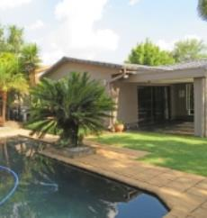 4 Bedroom House for sale in Farrarmere 1069757 : photo#0