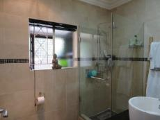4 Bedroom House for sale in Farrarmere 1069757 : photo#19