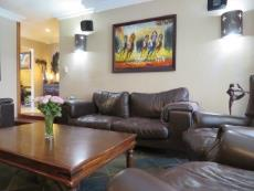 4 Bedroom House for sale in Farrarmere 1069757 : photo#2