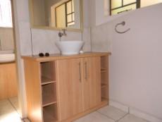 4 Bedroom House for sale in Die Wilgers 1070568 : photo#20