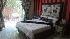 4 Bedroom House for sale in Die Wilgers 1071349 : photo#9