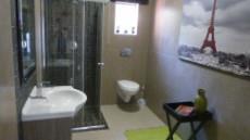 4 Bedroom House for sale in Die Wilgers 1071349 : photo#10