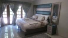4 Bedroom House for sale in Die Wilgers 1071349 : photo#5
