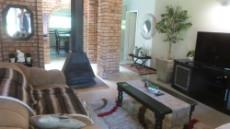 4 Bedroom House for sale in Die Wilgers 1071349 : photo#3