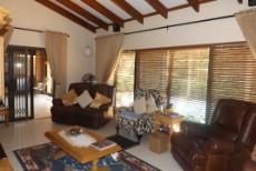 4 Bedroom House for sale in Die Wilgers 1071411 : photo#10