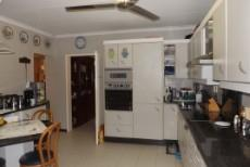 4 Bedroom House for sale in Die Wilgers 1071411 : photo#12