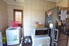 4 Bedroom House for sale in Thatchfield Estate 1072286 : photo#10