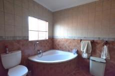 4 Bedroom House for sale in Thatchfield Estate 1072286 : photo#25