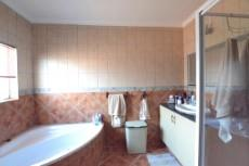 4 Bedroom House for sale in Thatchfield Estate 1072286 : photo#24
