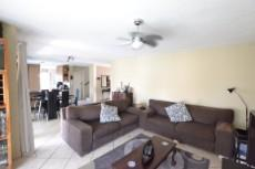 4 Bedroom House for sale in Thatchfield Estate 1072286 : photo#5