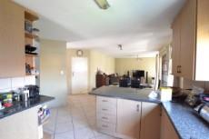 4 Bedroom House for sale in Thatchfield Estate 1072286 : photo#8