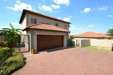 4 Bedroom House for sale in Thatchfield Estate 1072286 : photo#1