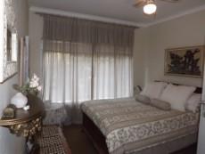 4 Bedroom House for sale in Die Wilgers 1075050 : photo#11