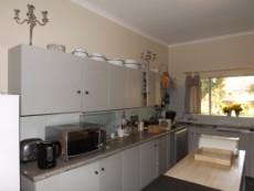 4 Bedroom House for sale in Die Wilgers 1075050 : photo#8