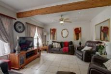 3 Bedroom House for sale in Garsfontein 1075209 : photo#2
