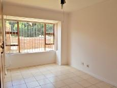 3 Bedroom Townhouse for sale in Langenhovenpark 1075221 : photo#5