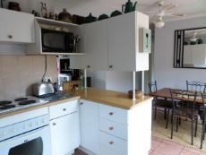 3 Bedroom Townhouse pending sale in Meyerspark 1075354 : photo#2