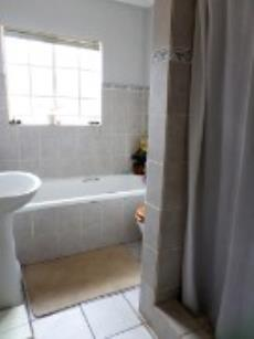 3 Bedroom Townhouse pending sale in Meyerspark 1075354 : photo#6