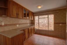 3 Bedroom House for sale in Garsfontein 1076099 : photo#3