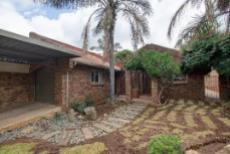 3 Bedroom House for sale in Garsfontein 1076099 : photo#27