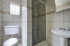 3 Bedroom House for sale in Garsfontein 1076099 : photo#19