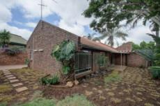 3 Bedroom House for sale in Garsfontein 1076099 : photo#1